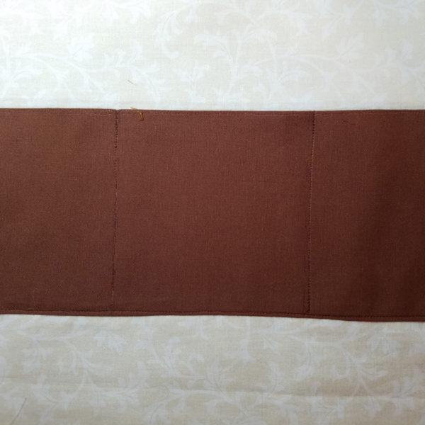 1812 Crossbody inside lining and pockets