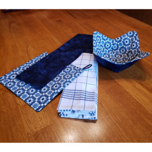 blue quilt kitchen set