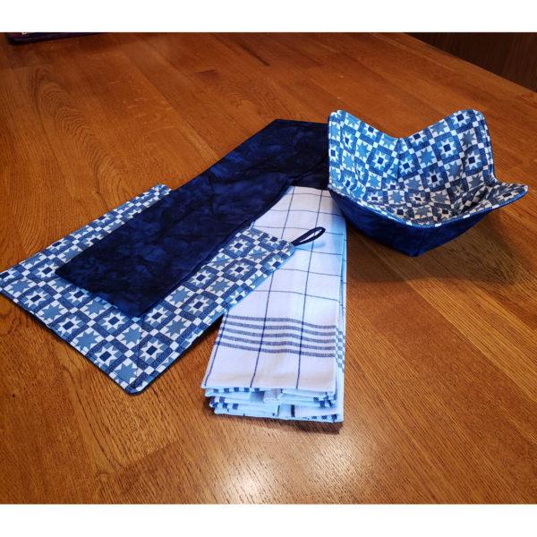 blue quilt kitchen set