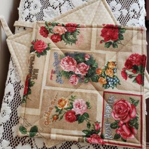 Potholder Rose print beige back