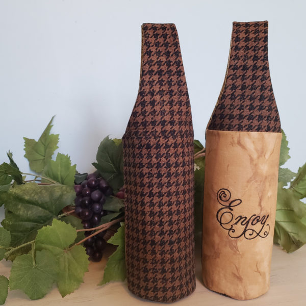 Houndstooth Wine Tote, Enjoy